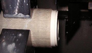 プラスチックの旋盤切削加工